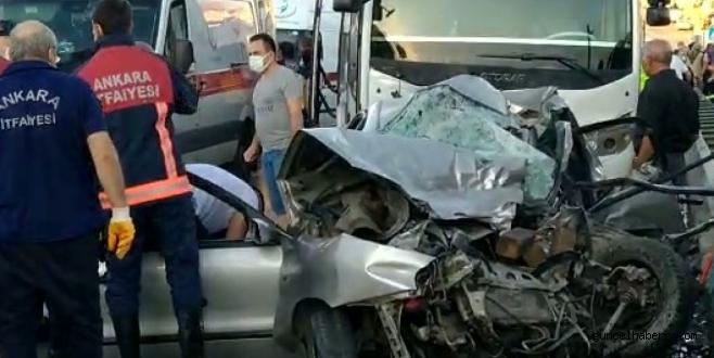 Başkent'te otomobil ile servis kafa kafaya çarpıştı; çok sayıda ölü var!