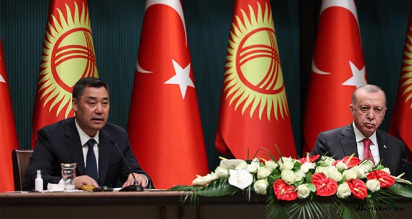 Cumhurbaşkanı Erdoğan: 'FETÖ'nün her iki ülke için tehdit oluşturduğu konusunda Kırgızistan ile hemfikiriz'