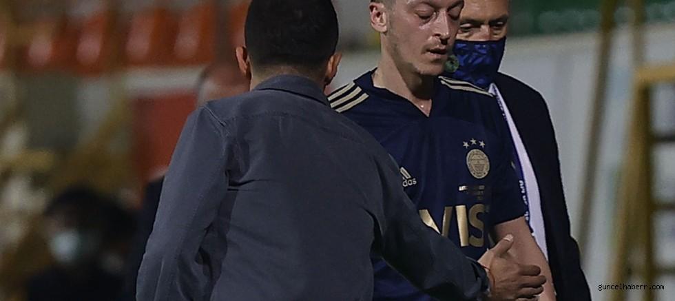 Fenerbahçe'de Mesut Özil fiyaskosu! Ne golü var ne asisti