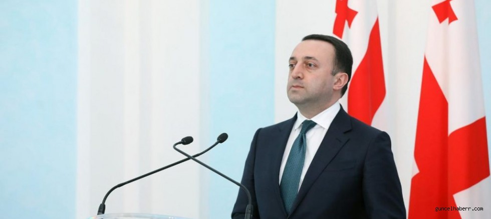 Gürcistan başbakanı istifa ediyor!!