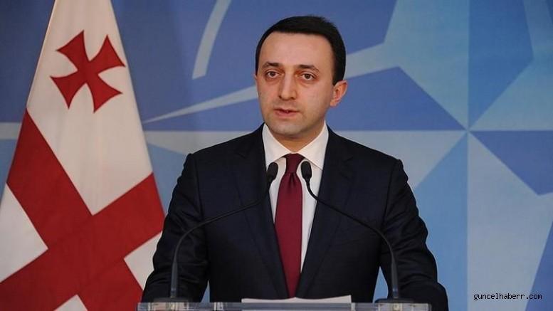 Gürcistan Başbakanı'ndan dikkat çeken açıklama: Saakaşvili Gürcistan'a dönmesi durumunda tutuklanacak!