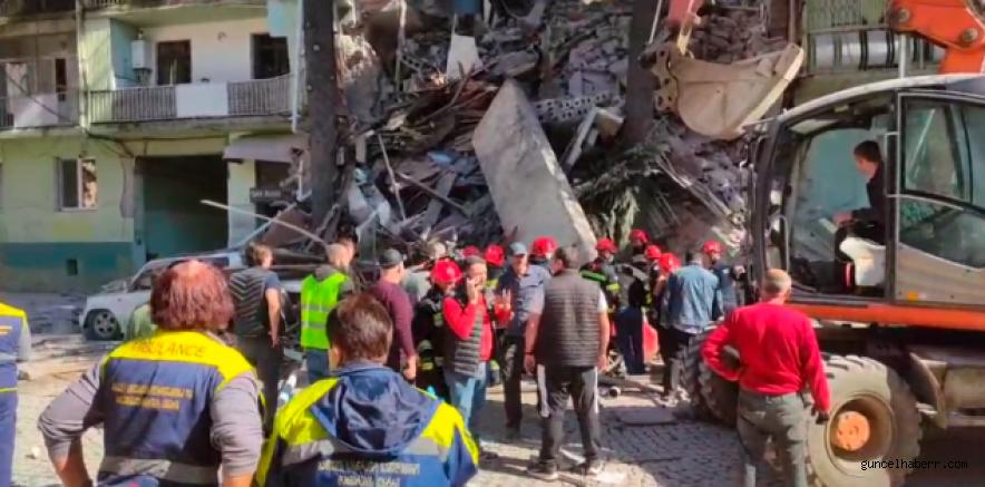 Gürcistan Batum'da 6 katlı bina çöktü!