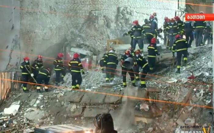 Gürcistan Batum'da çöken binadan 6 kişinin cesedine ulaşıldı, can kaybı artıyor!