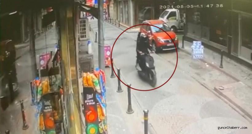 İstanbul'da pompalıyla genci öldüren kebapçının dükkanına silahlı saldırı kamerada