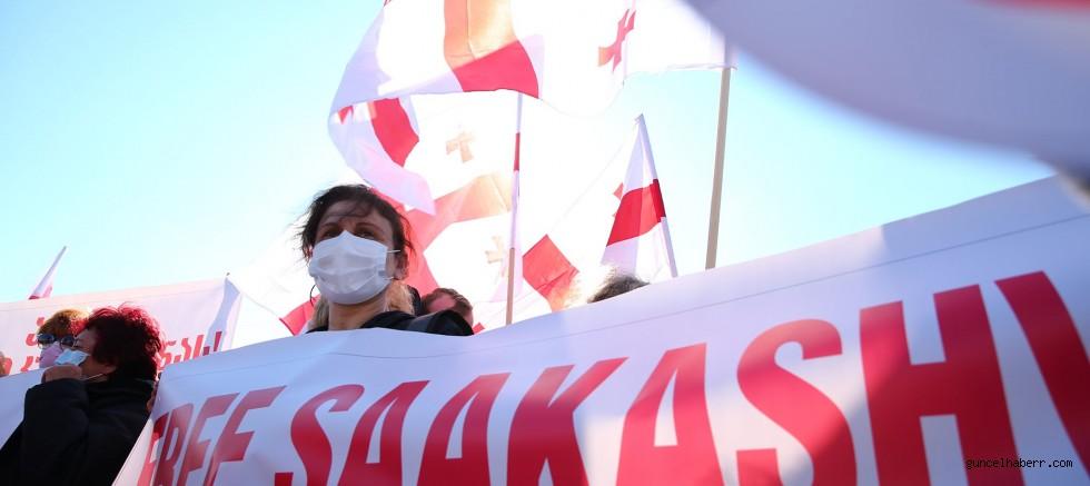 Saakashvili'nin sağlığı bozuluyor!