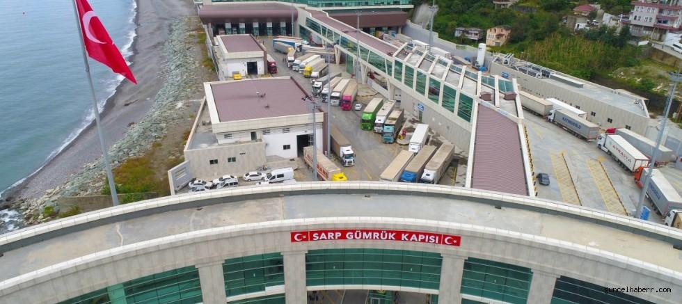 Sarp sınır kapısında Türk tırına kaçakçılık gerekçesiyle işlem yapıldı